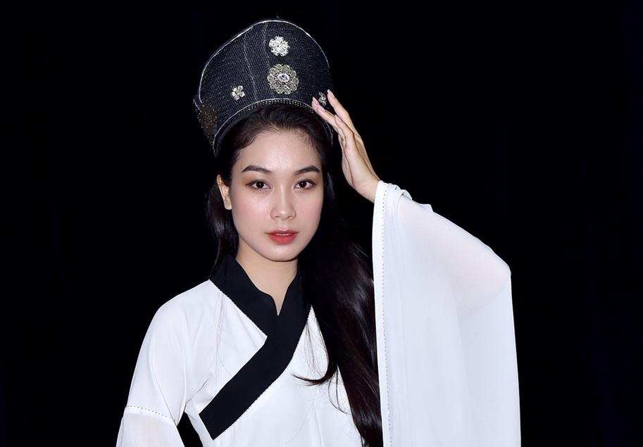 Á hậu Thùy Dung trong vai công chúa Ngọc Lan. Nguồn ảnh do Tân Hiệp Phát cung cấp