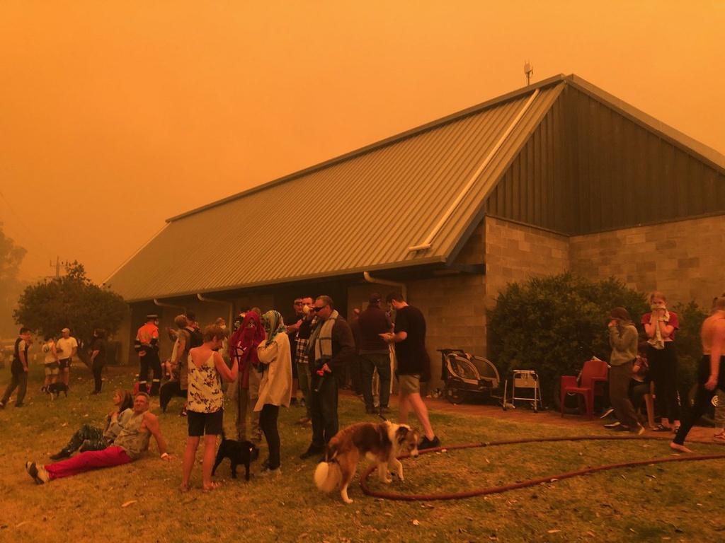 Những hình ảnh đầy ám ảnh trong thảm hoạ cháy rừng ở Úc.