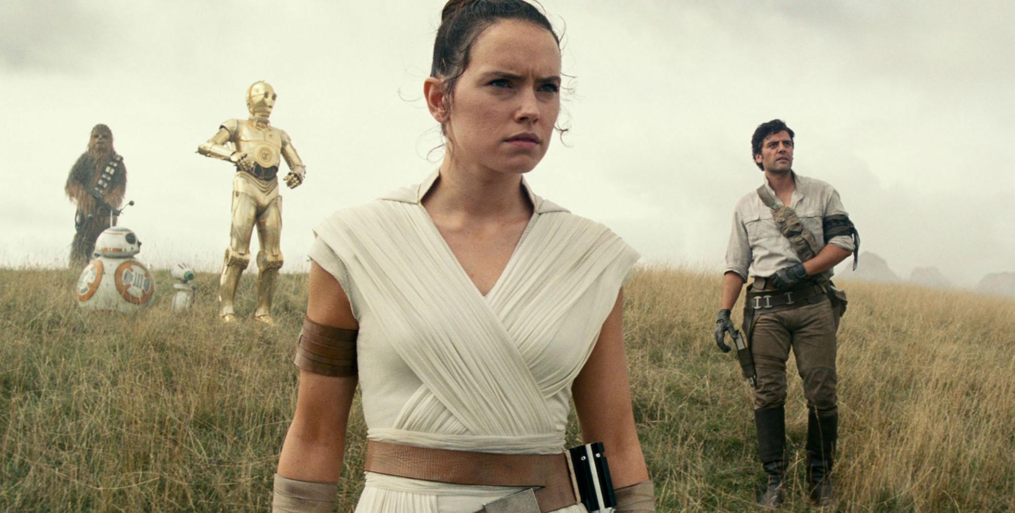 Star wars: Rise of Skywalker không được đánh giá cao về chất lượng nhưng liên tục thu về số tiền 'khủng'