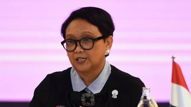 Bộ trưởng Ngoại giao Indonesia Retno Marsudi khẳng định Indonesia không bao giờ công nhận đường chín đoạn của Trung Quốc.