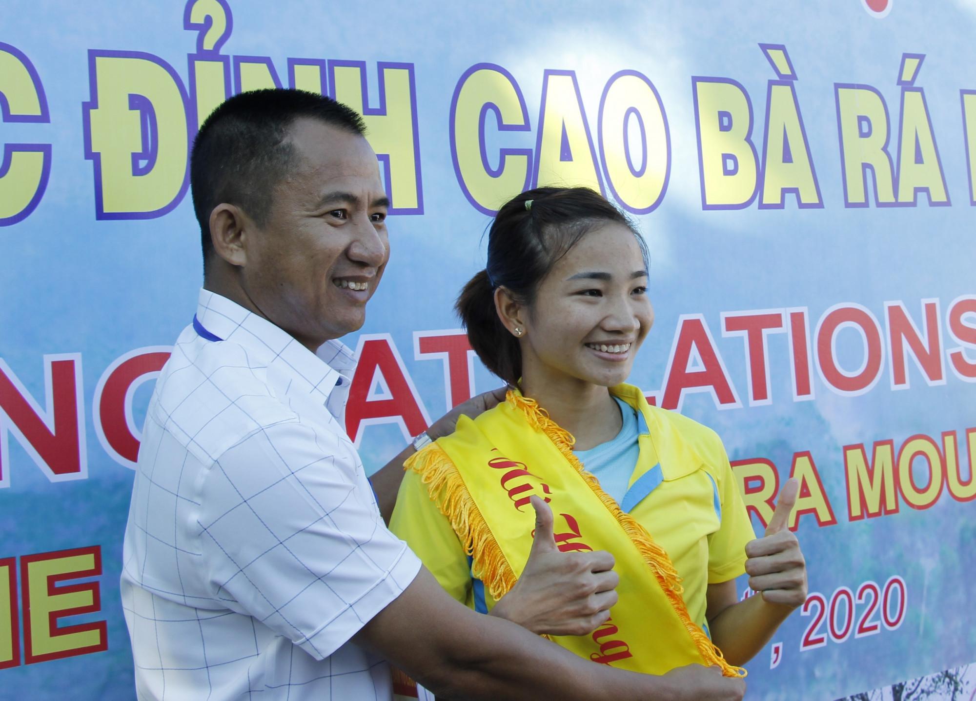Nguyễn Thị Oanh về nhất hệ đội tuyển nữ
