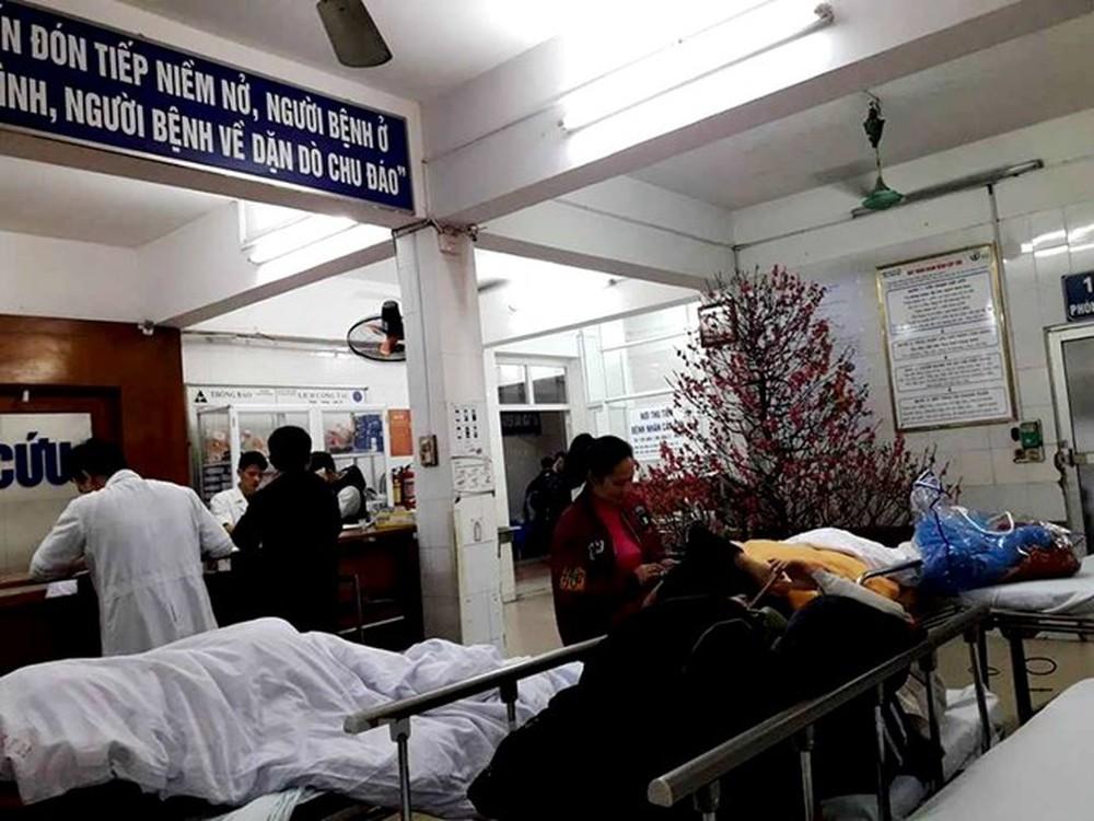 Các nạn nhân được cấp cứu tại bệnh viện Việt Đức
