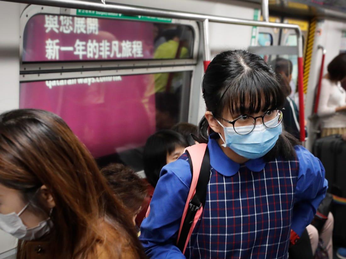 Trung Quốc, đặc khu Hồng Kông và các quốc gia lân cận đều tăng cường phòng chống dịch bệnh viêm phổi lạ từ thành phố Vũ Hán trong vài tuần qua.