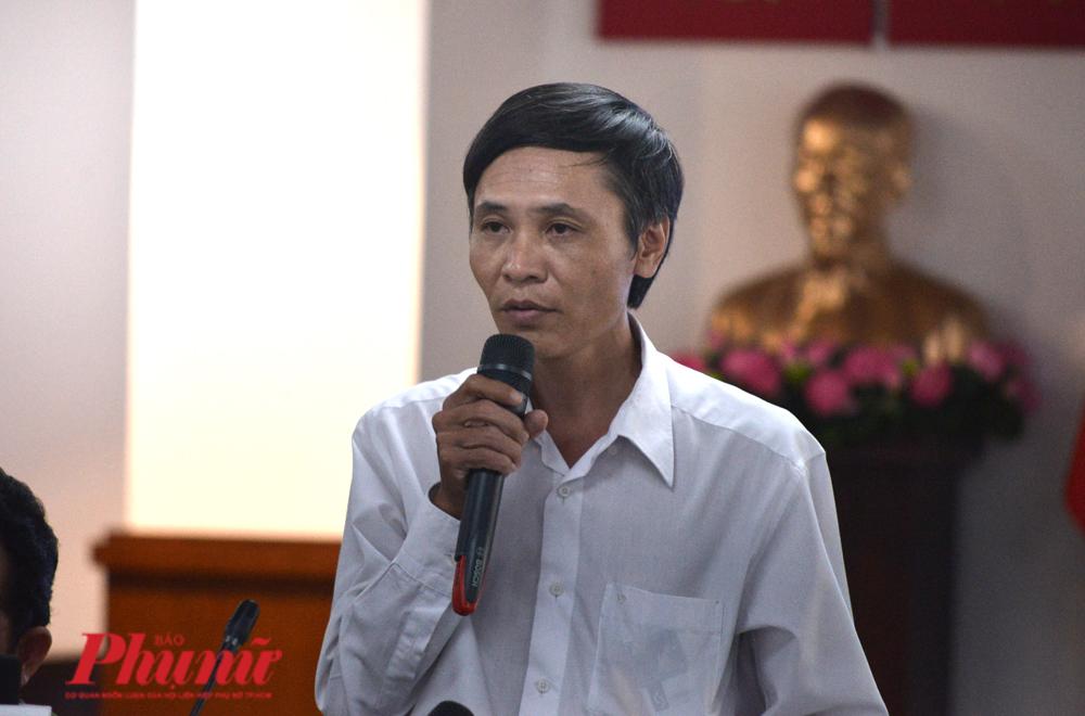 Ông Phạm Đình Lương - Phó Giám đốc Trung tâm Hỗ trợ xã hội TP.HCM được phân công trả lời báo chí trong buổi họp báo về vụ dâm ô trẻ em