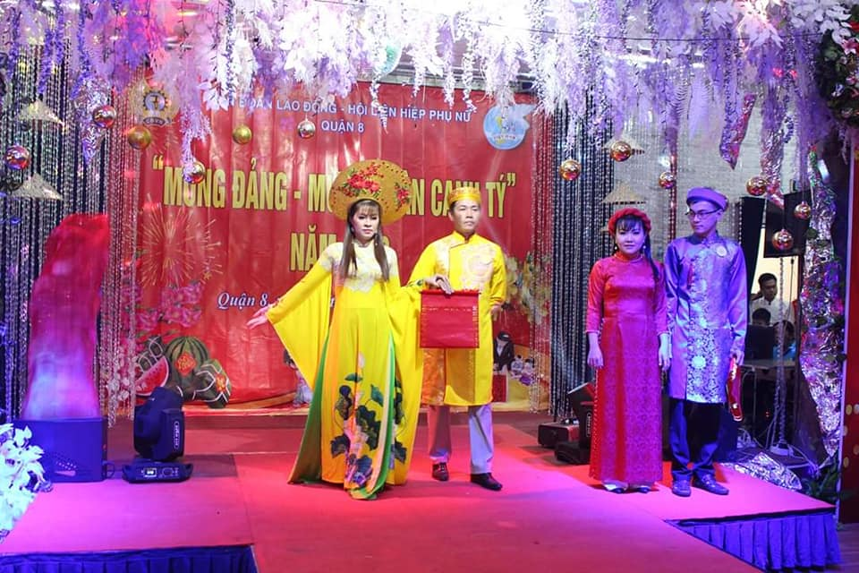 Nhiều bộ trang phục cho những ngày trọng đại được các cặp đôi giới thiệu cũng rất thu hút sự chú ý của khán giả