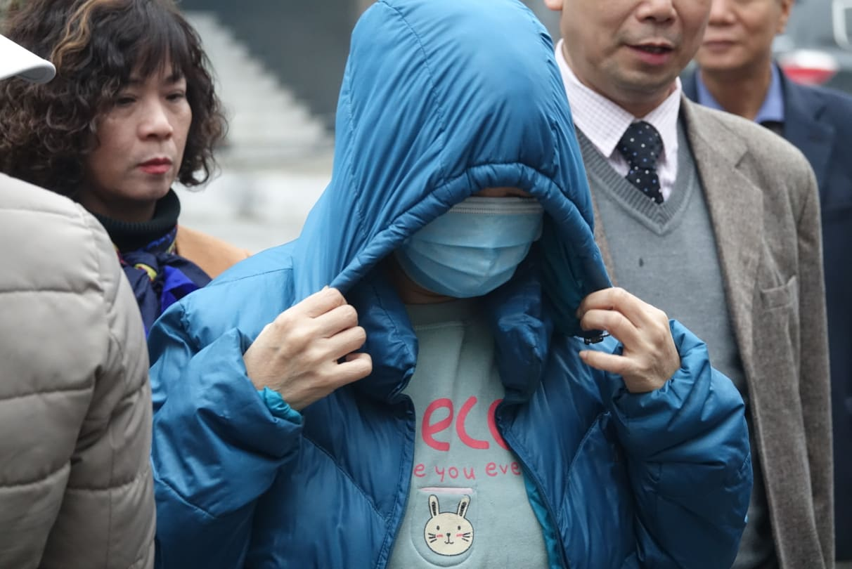 Bà Nguyễn Bích Quy đến tòa