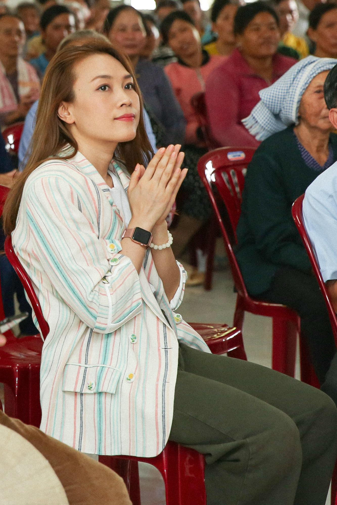Sau chuyến thiện nguyện tại Long An, Mỹ Tâm sẽ tiếp tục cuộc hành trình đến huyện Thăng Bình, tỉnh Quảng Nam như mọi năm để trao quà cho bà con nghèo.