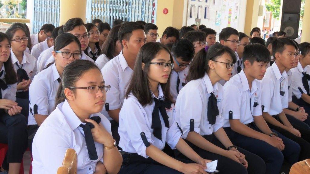 Học sinh tham gia chọn học sinh giỏi