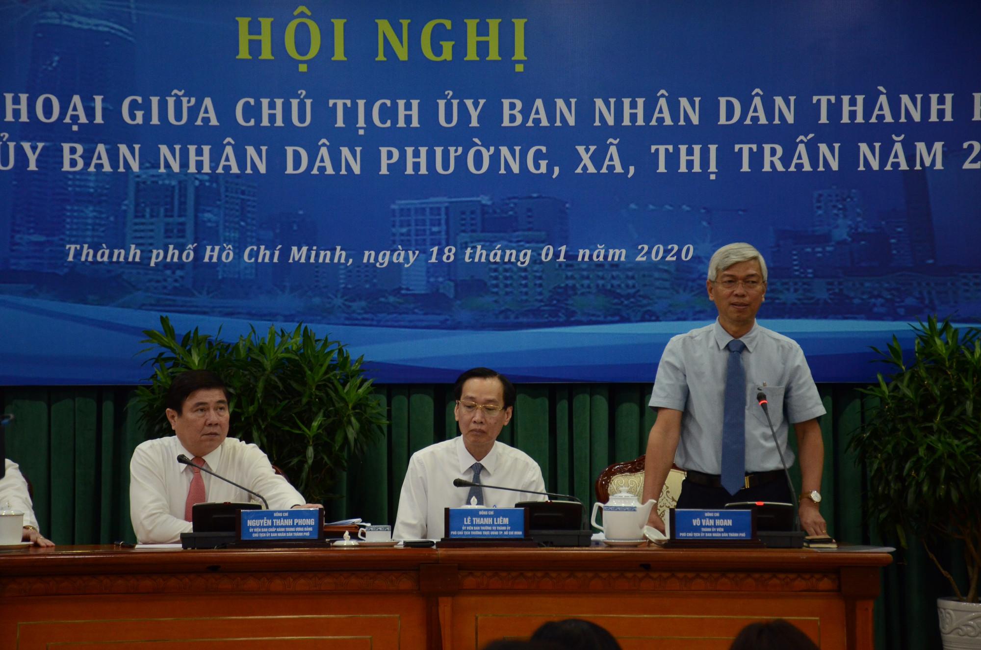 Phó chủ tịch UBND TPHCM Võ Văn Hoan phát biểu sáng 18/1