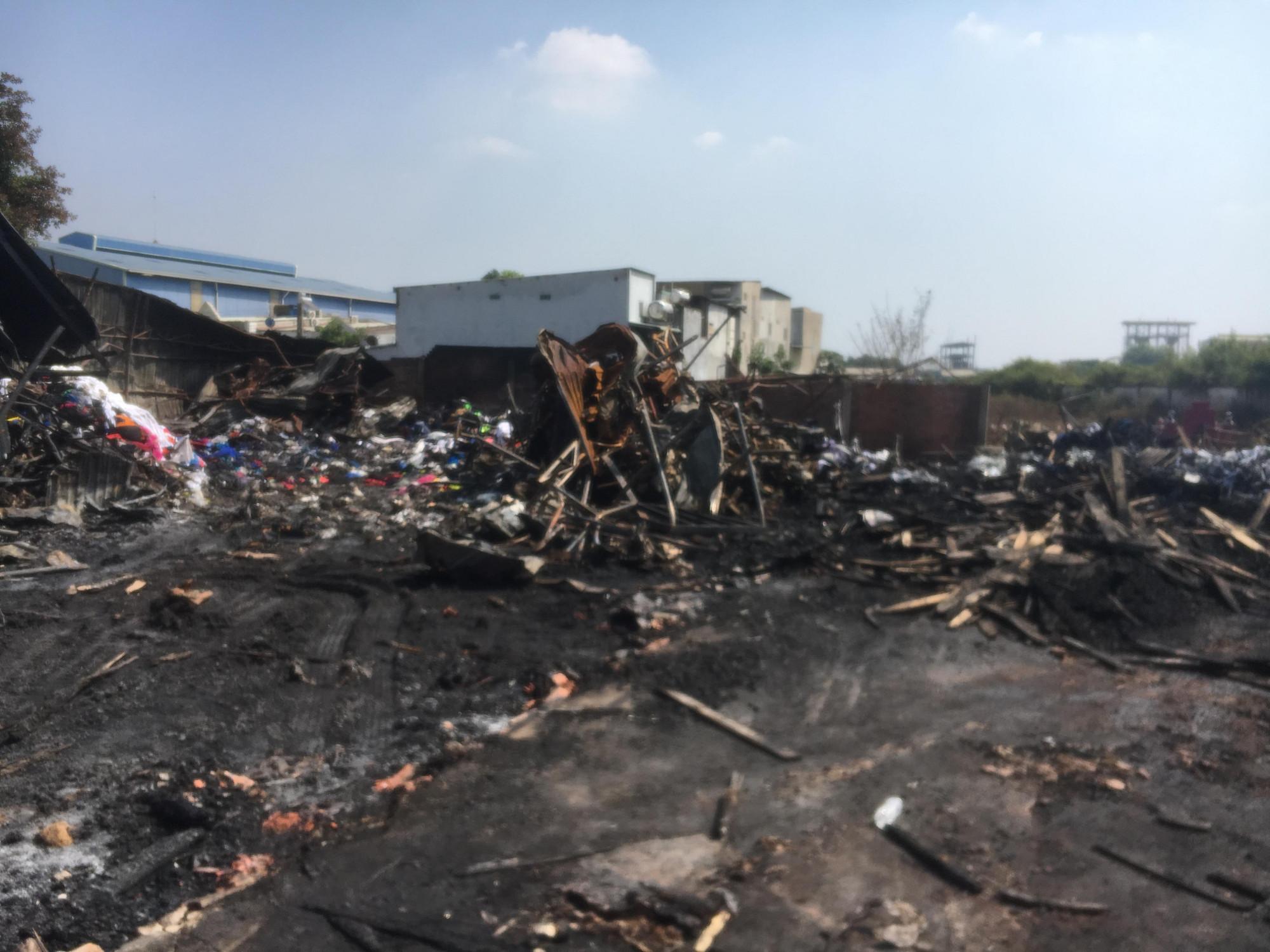 Nhiều chất thải bị thiêu rụi