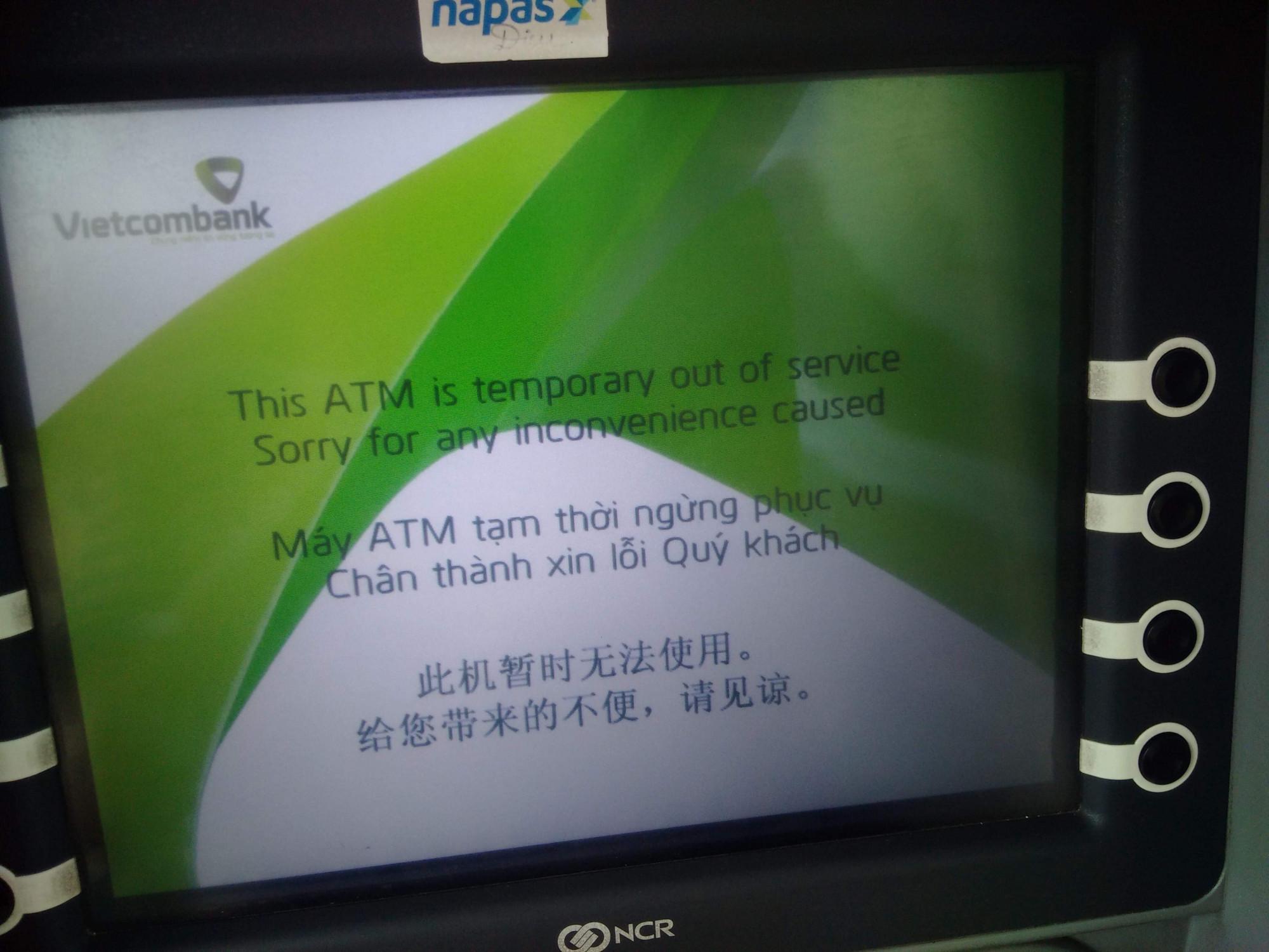 Các trụ ATM riêng lẻ vào những ngày này thường lỗi và hết tiền