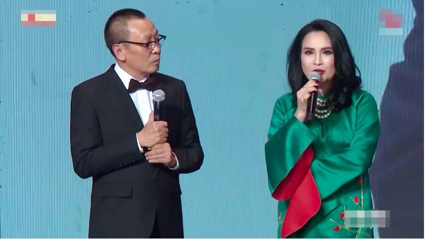 Ca sĩ Thanh Lam kể những kỷ niệm về nhạc sĩ Thanh Tùng trong chương trình Ký ức vui vẻ.