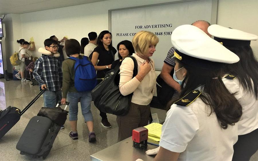 Cuối năm là dịp nước ta có lượng lưu thương mại, du lịch rất lớn với Trung Quốc, nguy cơ dịch bệnh lây truyền vào Việt Nam là hoàn toàn có thể
