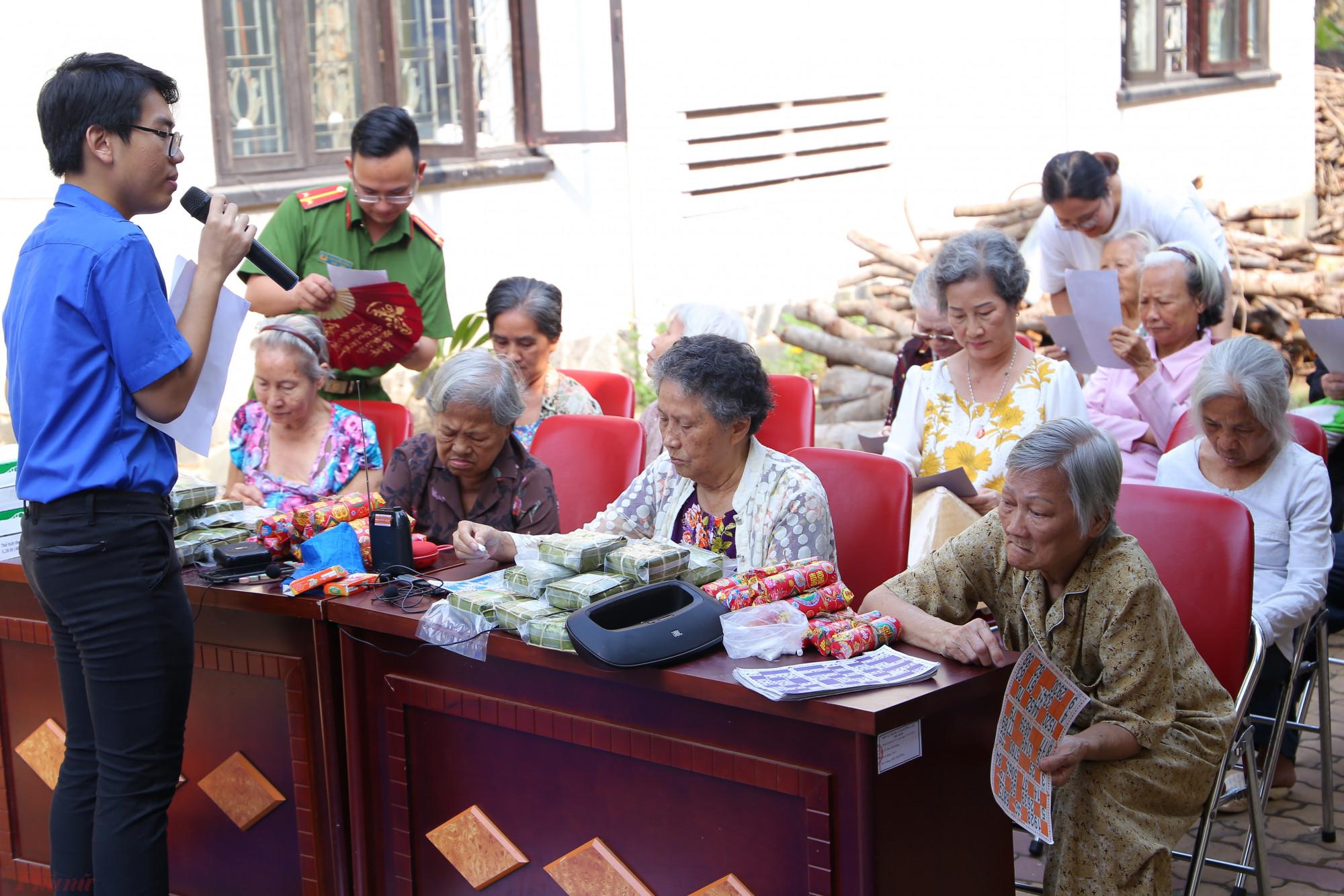 Một vài niềm vui nho nhỏ được gieo mầm bởi các tình nguyện viên