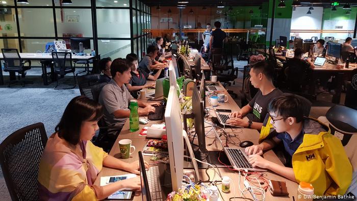 Thị trường lao động Việt Nam đang rất rộng mở, với khá nhiều doanh nghiệp start-up cùng nguồn lao động trẻ cải thiện từng ngày.