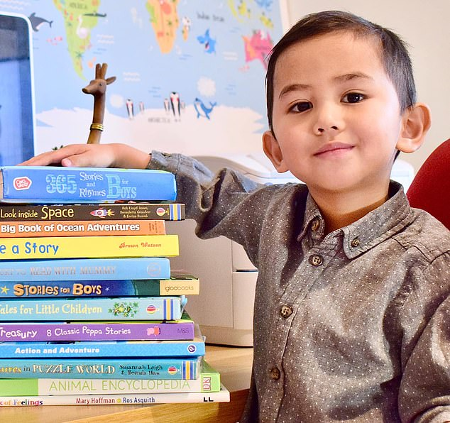 Cậu bé 3 tuổi gốc Malaysia là thành viên trẻ tuổi nhất từng được công nhận của tổ chức Mensa.