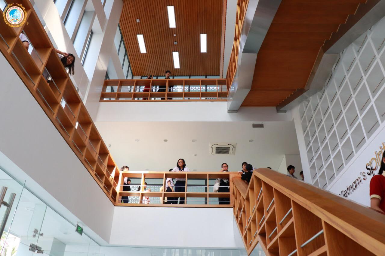 Thư viện của trường ĐH Quốc tế Sài Gòn do kiến trúc sư Pháp thiết kế