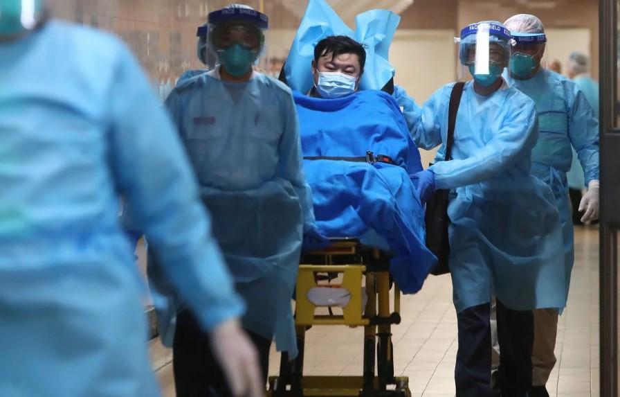 Người đàn ông Trung Quốc nhiễm virus cúm lạ ở Hồng Kông. Ảnh: SCMP