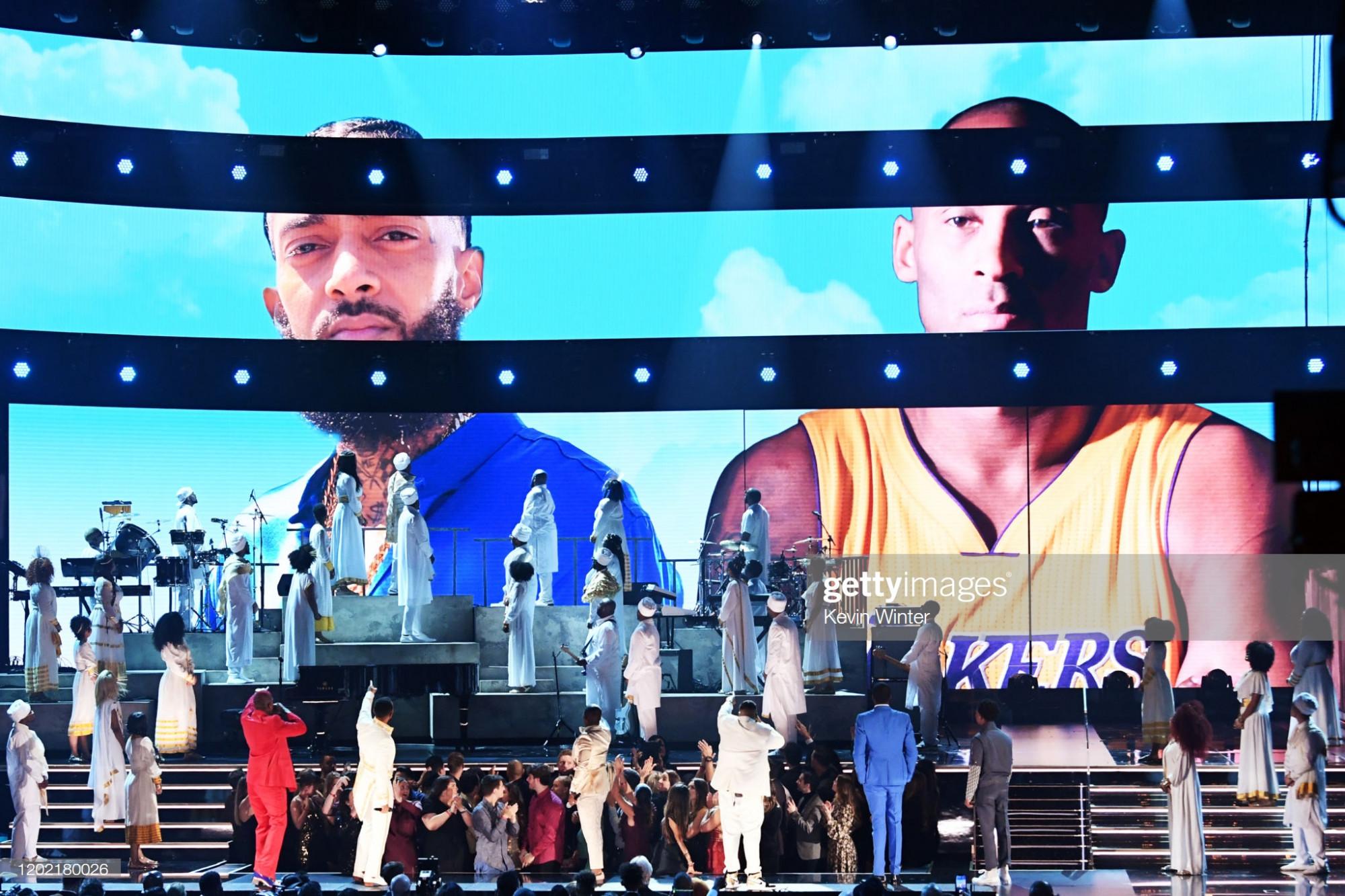 Grammy 2020 tưởng nhớ 2 người nổi tiếng rapper và huyền thoại bóng rổ