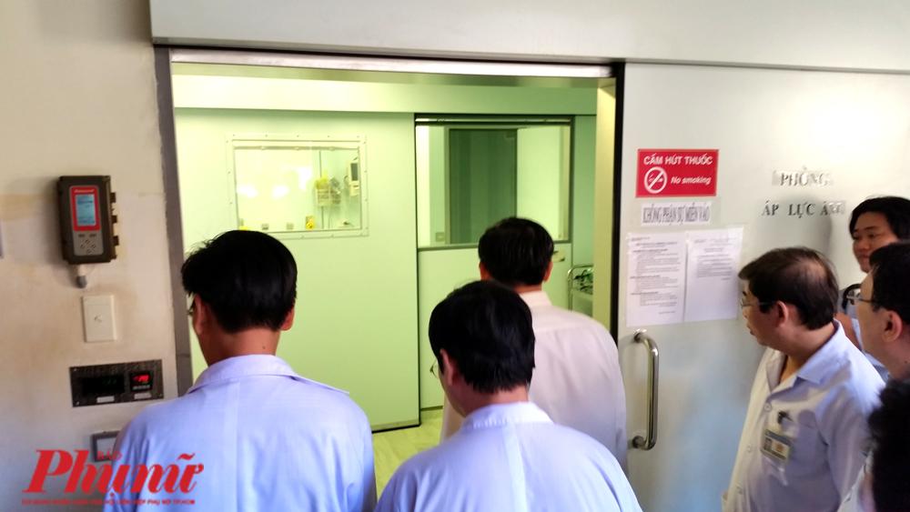 Phòng cách ly áp lực âm tại BV Bệnh nhiệt đới TP.HCM