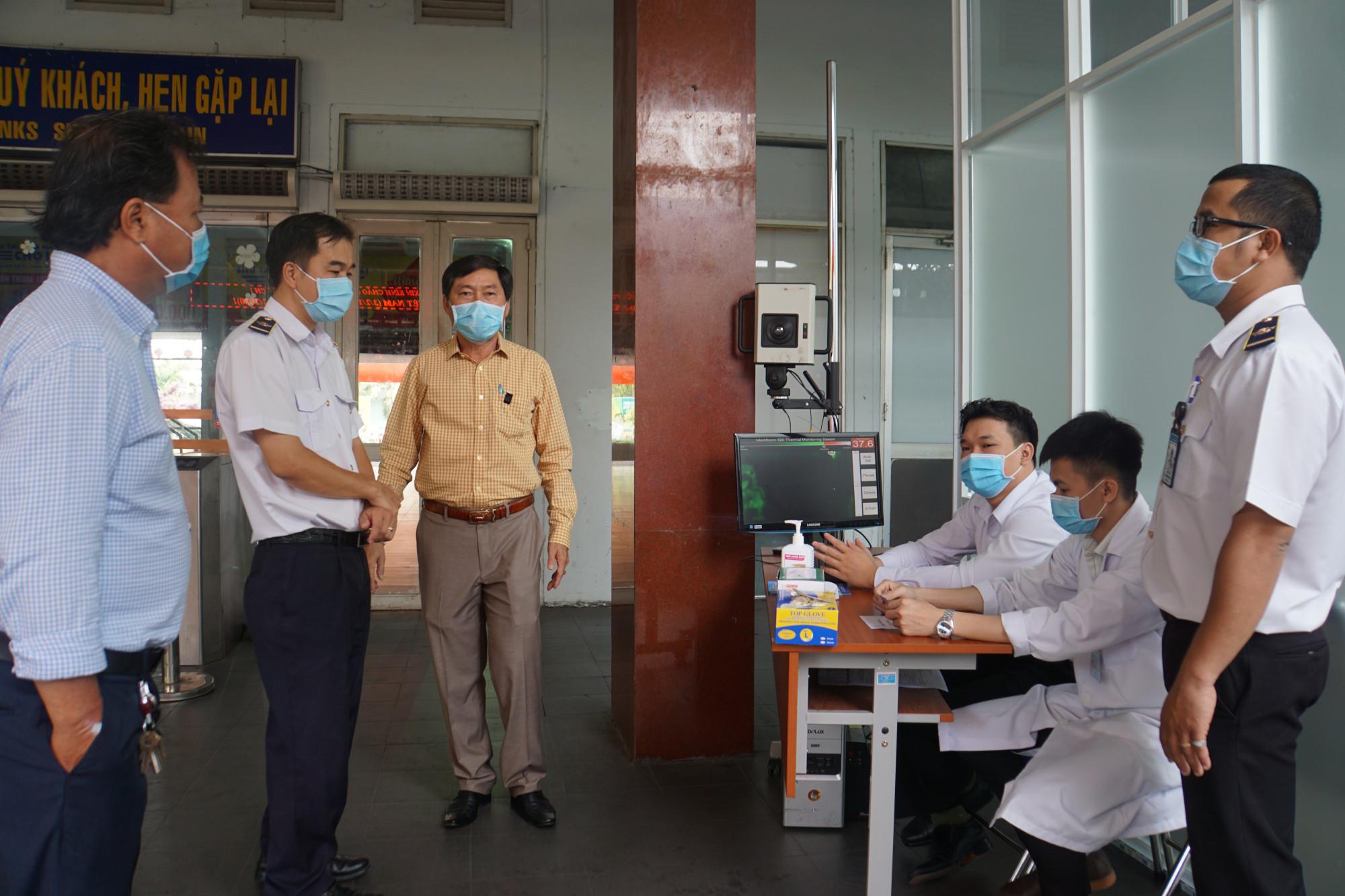 Chốt kiểm dịch virus corona tại ga Sài Gòn được lập sáng nay