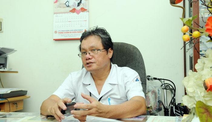 BS Trương Hữu Khanh khẳng định: tuyệt đối không xét nghiệm virus corona tại nhà