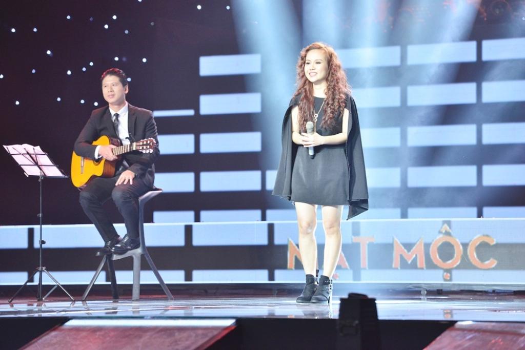 Nhạc sĩ Sa Huỳnh (phải) và chồng - nhạc sĩ Nguyễn Duy Hùng