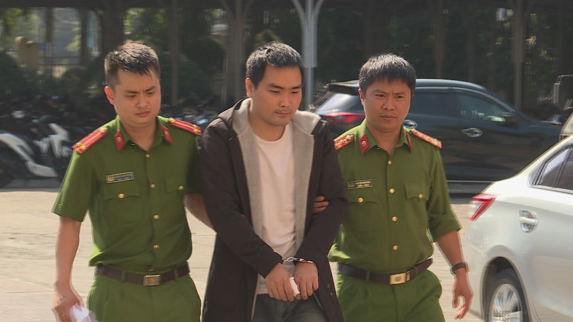 Long Thanh Tú bị bắt khi đang trên đường bỏ trốn