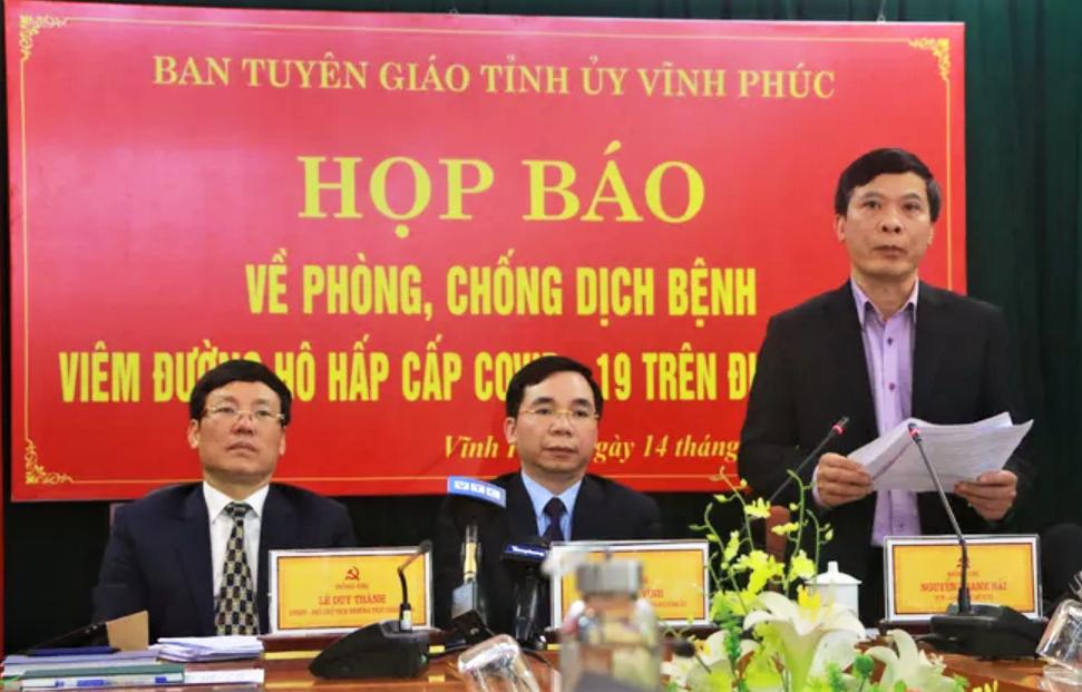 Ông Nguyễn Thanh Hải - Giám đốc Sở Y tế phát bieeru tại cuộc họp báo.