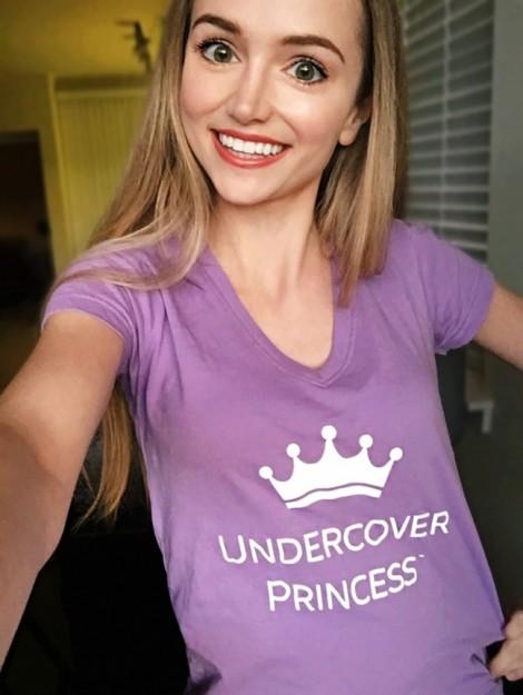 Cô gái chi hàng trăm triệu để trở thành công chúa Disney vì lý do không ai ngờ tới