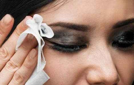 Rửa mặt đúng cách với sữa rửa mặt thảo dược