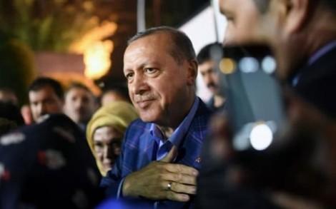 'Lò lửa' Thổ Nhĩ Kỳ không hạ nhiệt sau cuộc bỏ phiếu