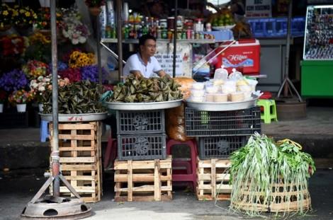 Bánh ú cúng tết Đoan Ngọ: Coi chừng mua nhầm bánh 'đá'