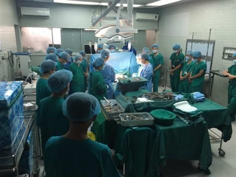 Lần đầu tiên bệnh viện Chợ Rẫy ghép tim thành công