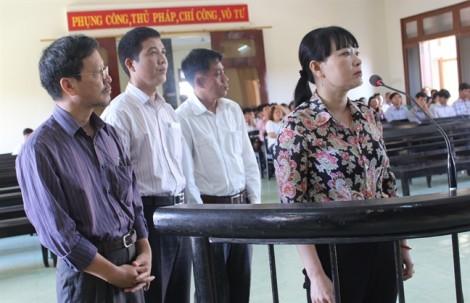 Nguyên giám đốc Sở Thông tin Truyền thông tỉnh Phú Yên bị phạt 2 năm tù