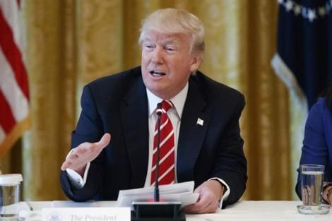 Tổng thống Trump 'gián tiếp thừa nhận' Nga can thiệp vào bầu cử