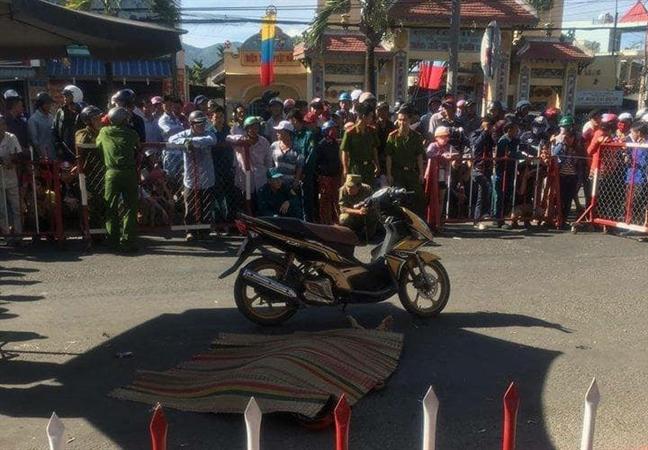 Loi khai cua hung thu vuot 250 km ban chet tinh dich roi ve que dau thu