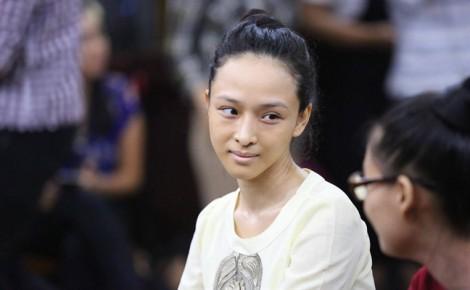 'Người bí ẩn' đã đến tòa, tố mẹ Phương Nga đưa tiền chạy án