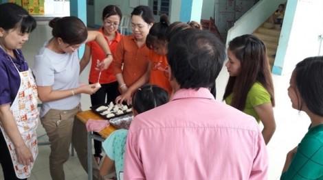 Huyện Nhà Bè: 30 hội viên nhận chứng chỉ sơ cấp nghề  làm bánh