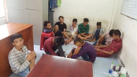 Nam thanh niên cực xui xẻo khi liên tiếp 'đụng mặt' băng cướp 'nhí' ở Sài Gòn