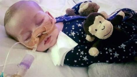 Hồi kết buồn cho cuộc chiến giành sự sống cho cậu bé 10 tháng tuổi