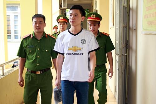 Vu 8 nguoi tu vong khi chay than tai Hoa Binh: Bac si Hoang Cong Luong duoc tai ngoai
