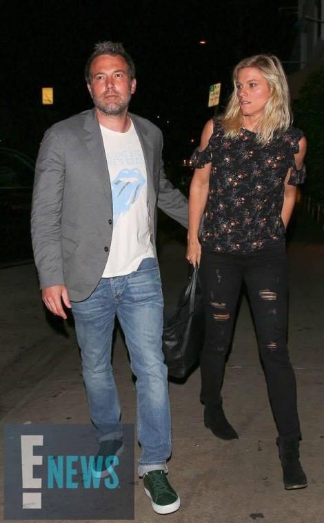 Ben Affleck hẹn hò người mới sau 3 tháng ly hôn