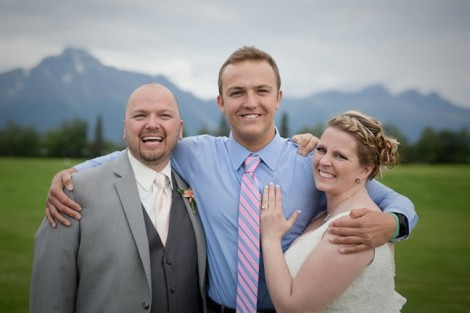 Trong ngày cưới, cô dâu bất ngờ nghe được nhịp tim của con trai đã mất