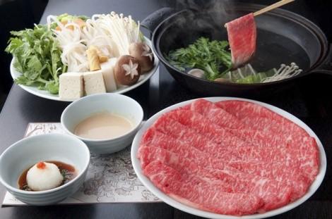 5 món lẩu Nhật Bản nên ăn trong những ngày mưa Sài Gòn