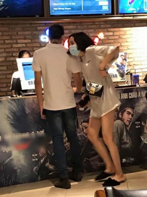 Fan Việt đang học cách yêu thần tượng một cách cực đoan như fan Hàn?