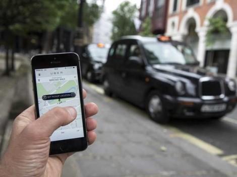 Taxi công nghệ có chịu chia sẻ dữ liệu với chính quyền?