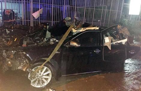 Xe biển xanh bị tông liên hoàn, 2 công an tỉnh Bình Thuận tử vong