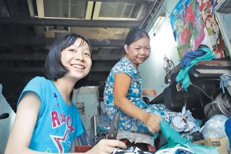 Học bổng 'Nữ sinh hiếu học vượt khó' lần 27: Cô bé thích… chạy