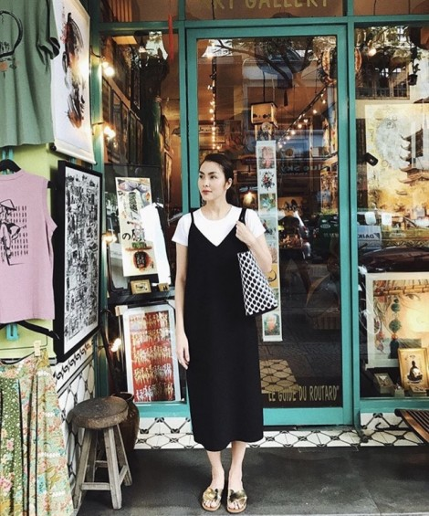 Nhã Phương - Tăng Thanh Hà nổi bật với gu thời trang tối giản tuần qua
